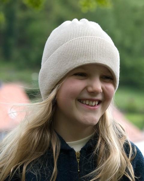 Kinder Mütze glatt, 100% Wolle, 4 Farben
