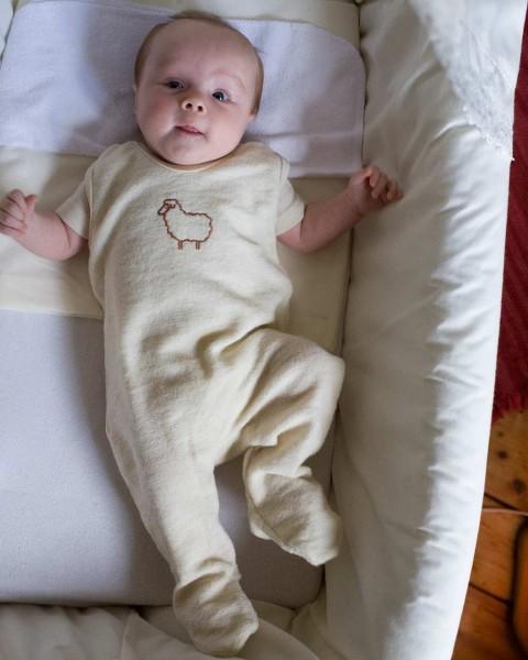 Baby Strampler mit Fuß, Engel Natur, 100% Wolle (kbT), 4 Farben
